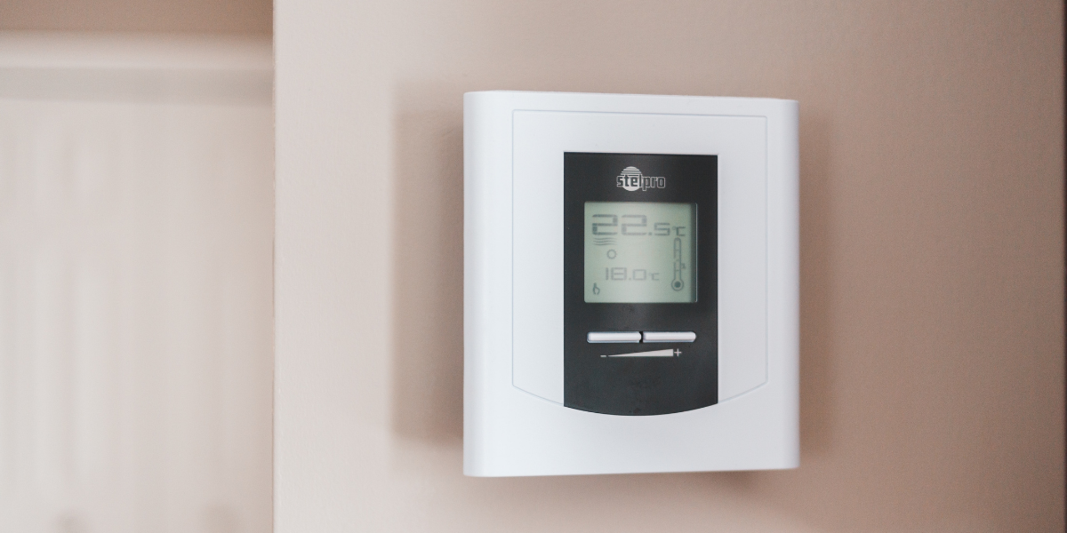 Image of thermostat on high temp
